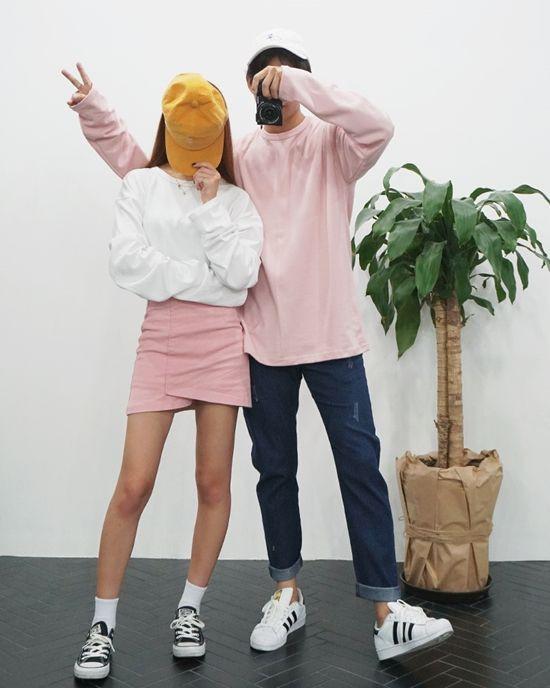 Cute couple outfits korean, korean language, photo shoot, casual wear, t shirt