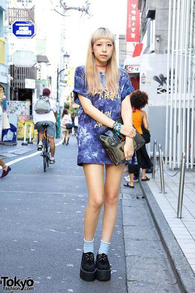 Japanese t shirt dress, street fashion, t shirt