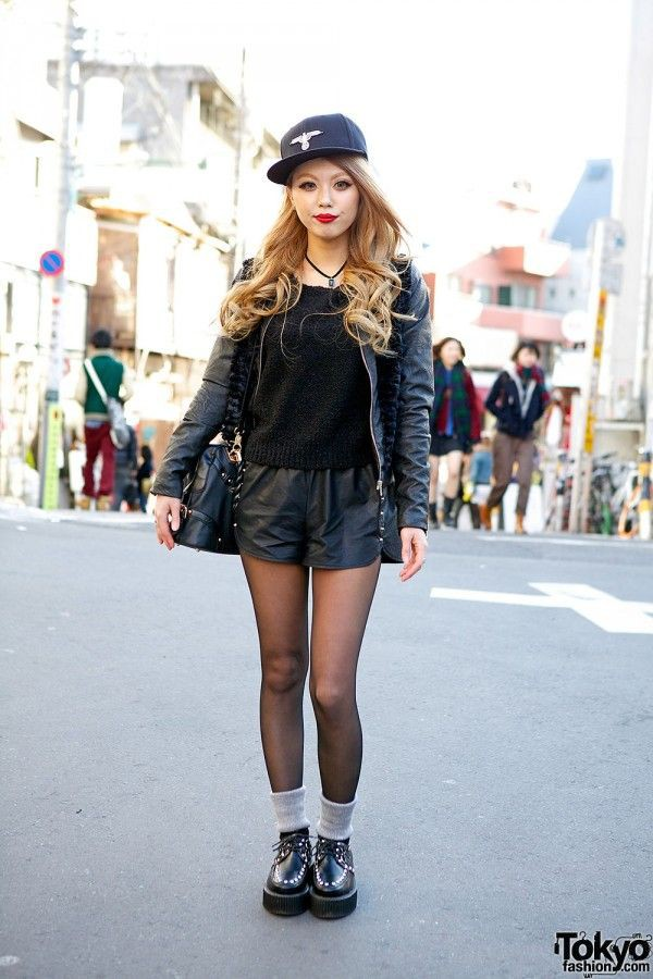 Black clothing ideas with leather jacket, shorts, beanie