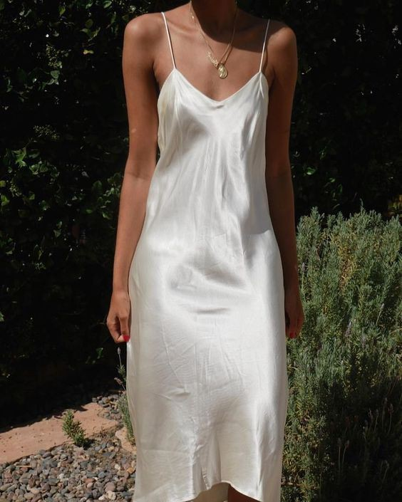 Vestido blanco de seda, cocktail dress, party dress, slip dress, ball gown, day dress