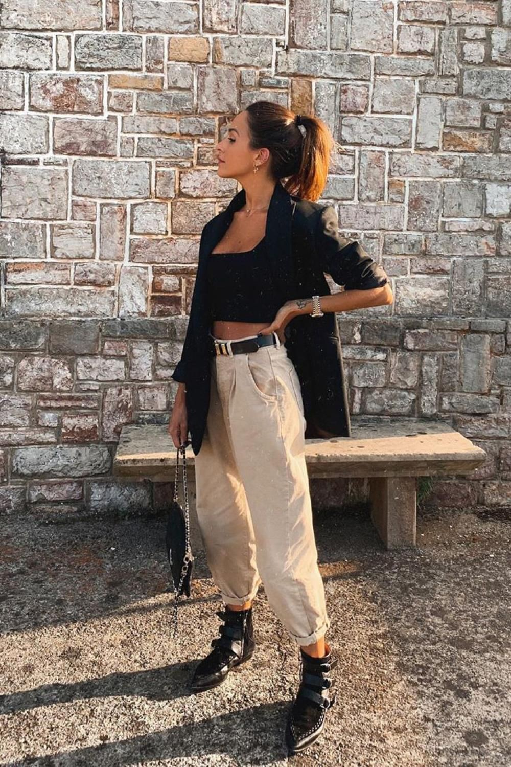 Outfit ideas combinar pantalones slouchy twinset slouchy jeans, street fashion