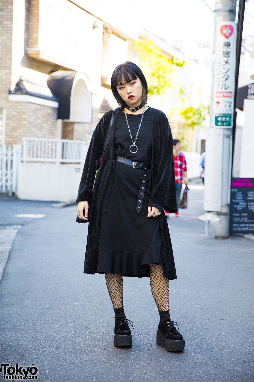 Outfit ideas dark harajuku style fishnet stockings black, japanese street fashion, little black  ...