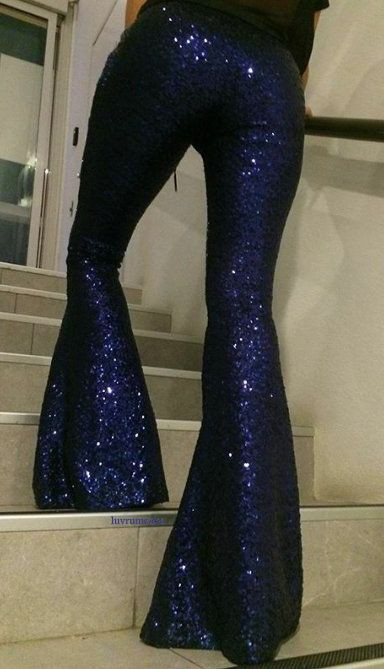 Electric blue and cobalt blue colour outfit, you must try with trousers, leggings, tights