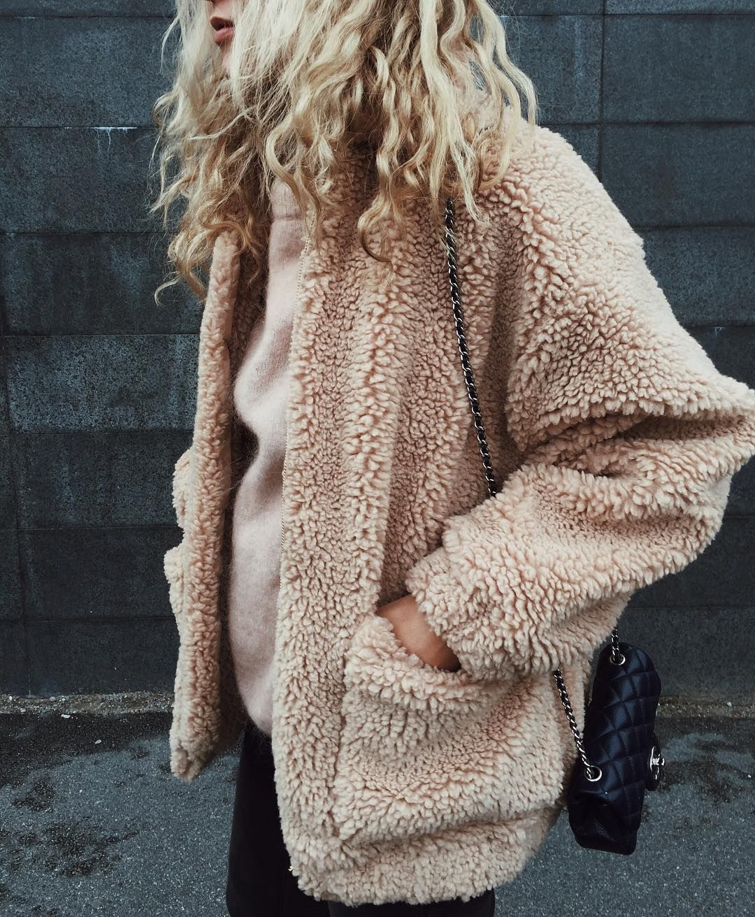 Colour outfit fuzzy beige sweater, winter clothing, street fashion, polar fleece, furry coat