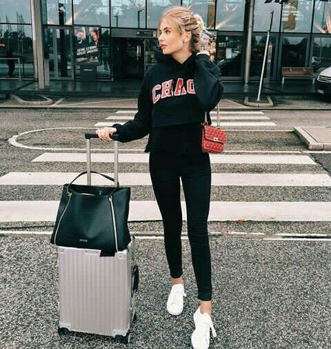 Outfit Pinterest with sportswear, tights