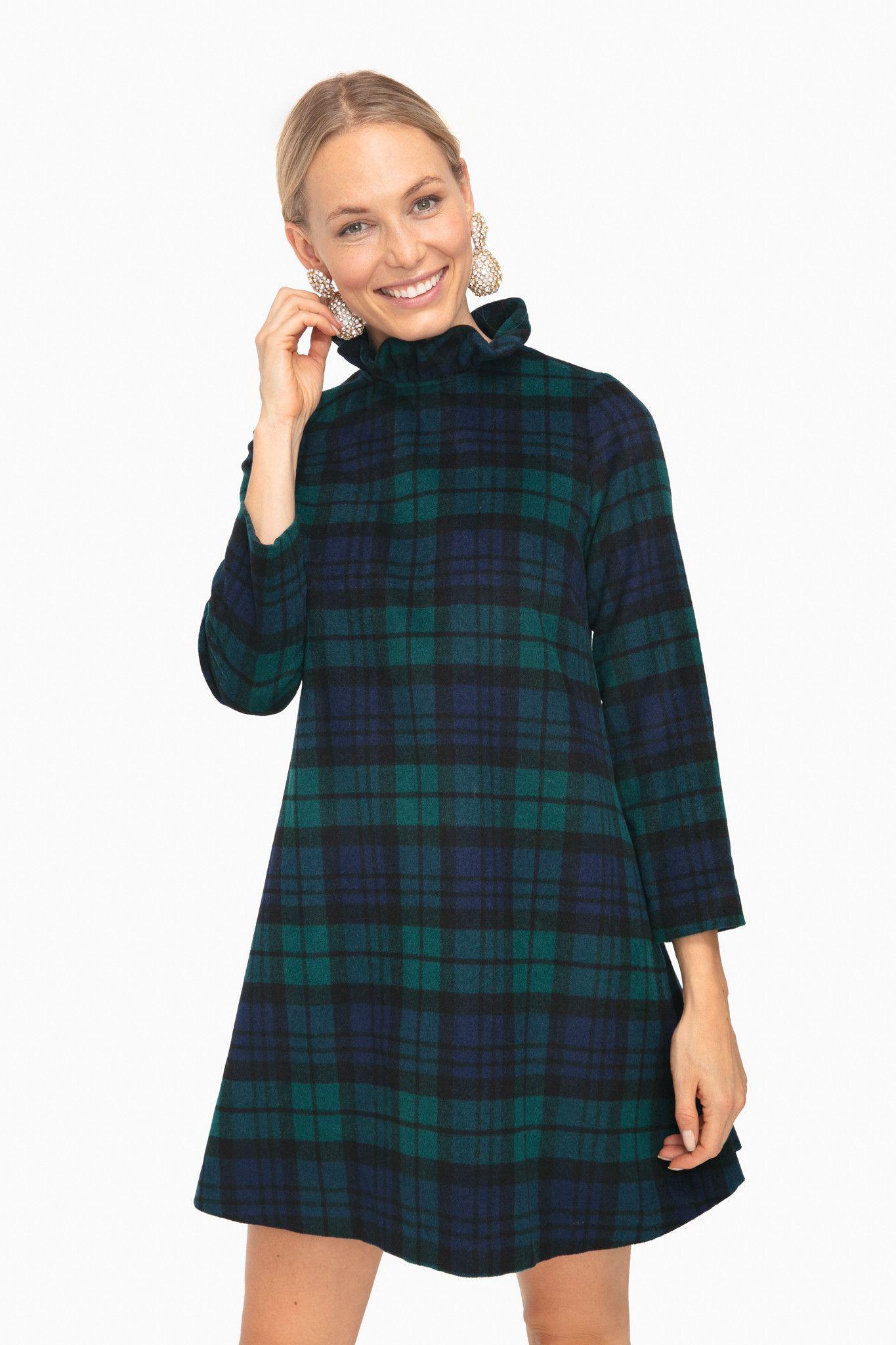 Outfit tuckernuck plaid dress, black watch, full plaid, t shirt, a line
