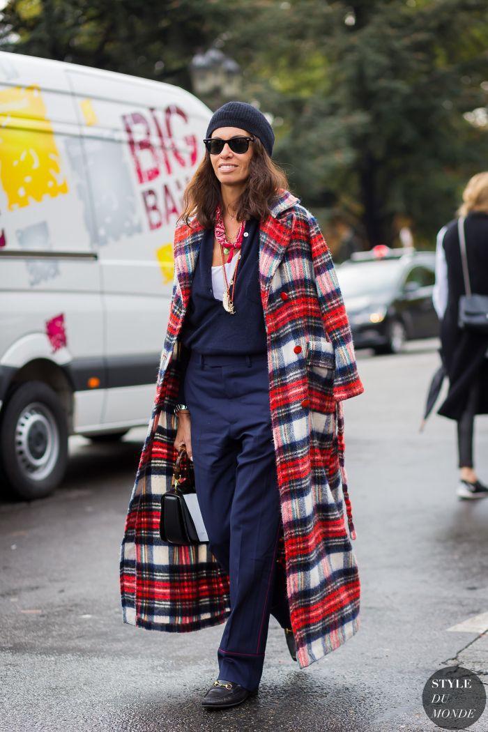 Colour outfit ideas 2020 viviana volpicella street paris fashion week, milan fashion week