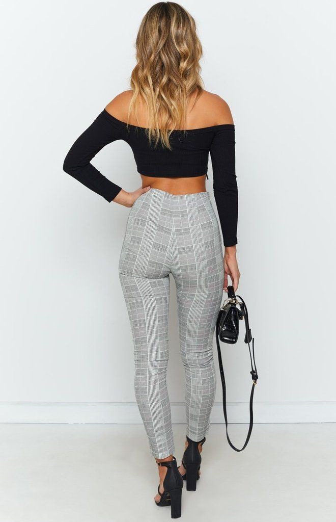 White outfit ideas with leggings, trousers, crop top