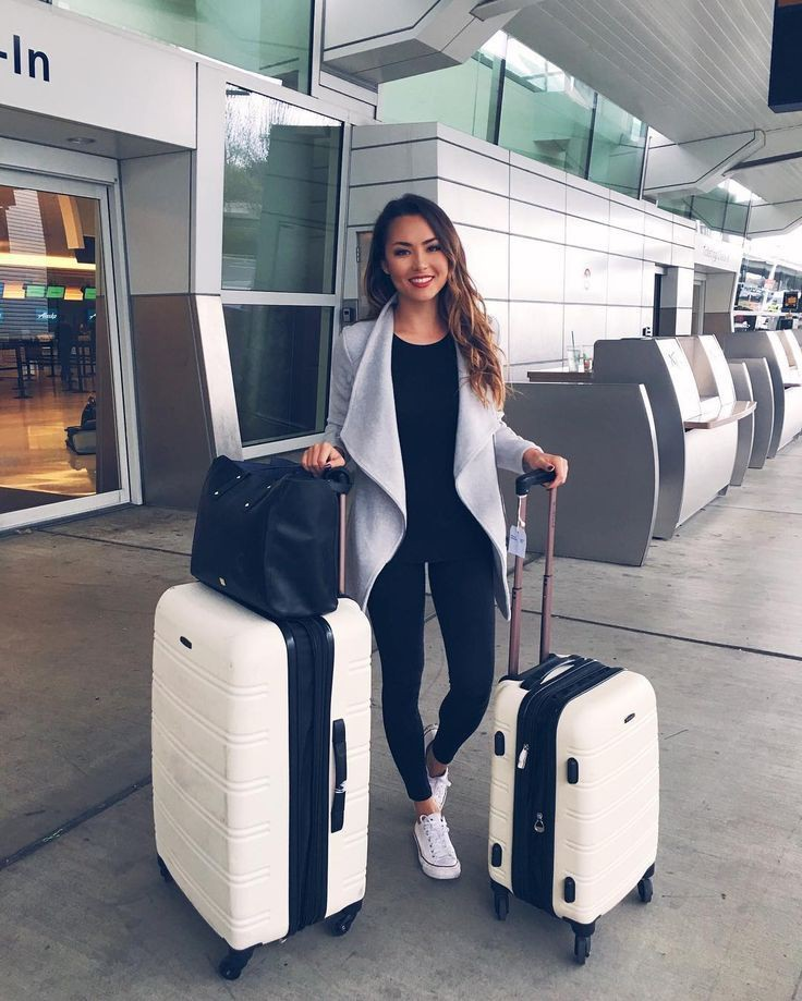 Outfits to wear to the airport