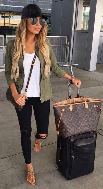 Classy outfit best travel outfits, street fashion, birkin bag, cancún
