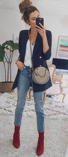 Outfit blazer y botas, t shirt