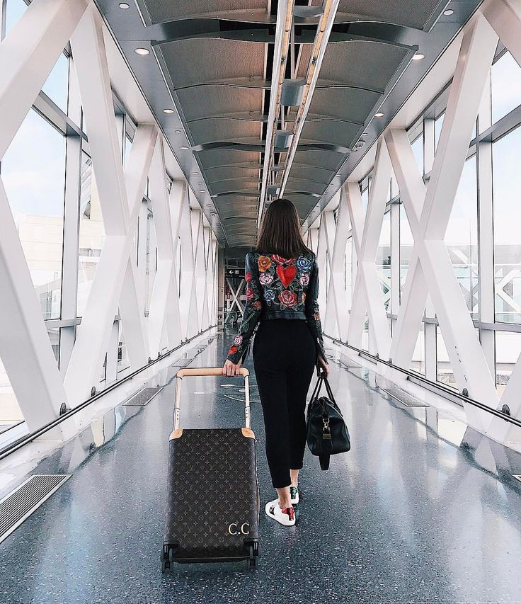 Colour outfit حالات عن السفر والوداع, luggage and bags, travel photography
