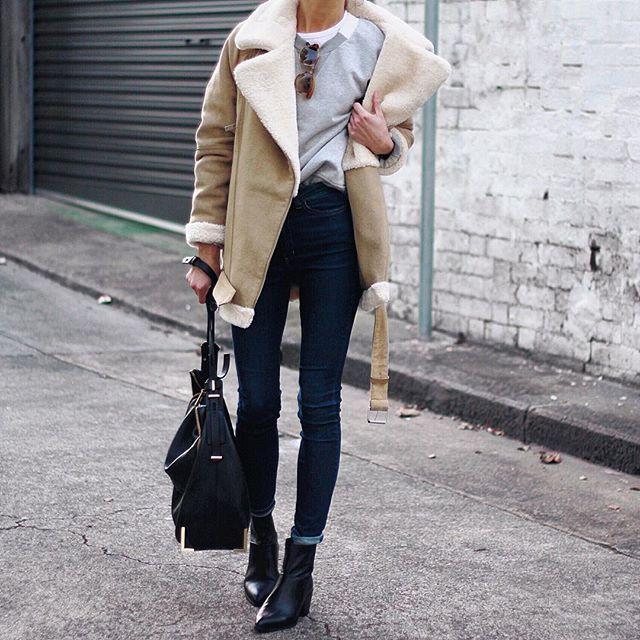 Beige shearling coat outfit, winter clothing, shearling coat, street fashion, flight jacket, t shirt