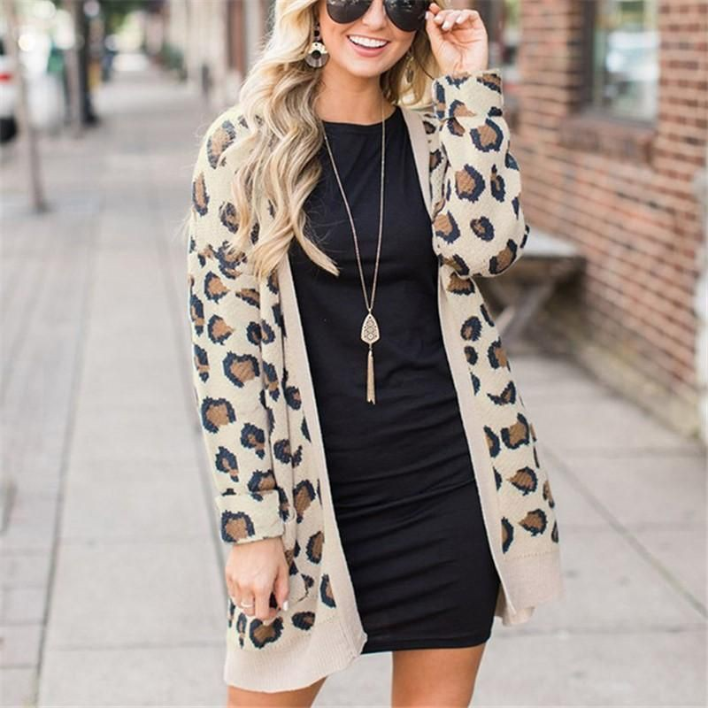 Outfit Stylevore with trench coat, blouse, shorts