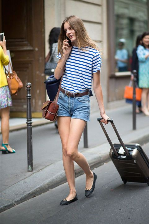 Colour outfit ideas 2020 with shorts, shirt, denim