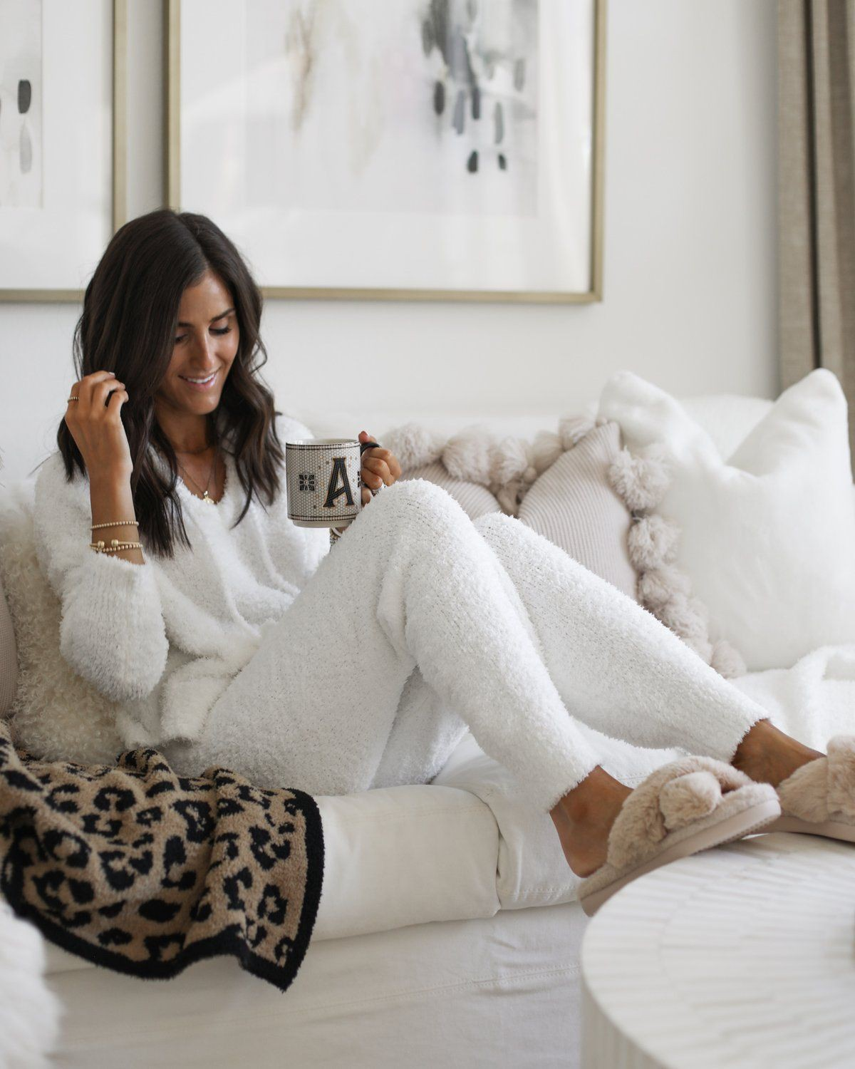 White colour outfit ideas 2020 with trousers, sweater, pajamas
