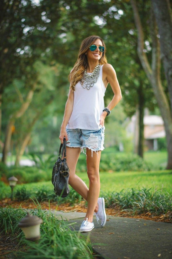 White style outfit with jean short, jacket, shorts