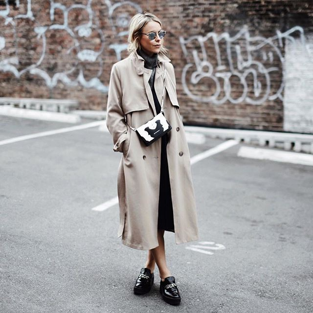 Colour outfit, you must try with trench coat, overcoat, uniform