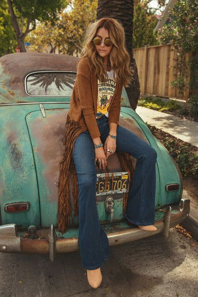 Colour outfit ideas 2020 70s hippie fashion, bohemian style, boho chic