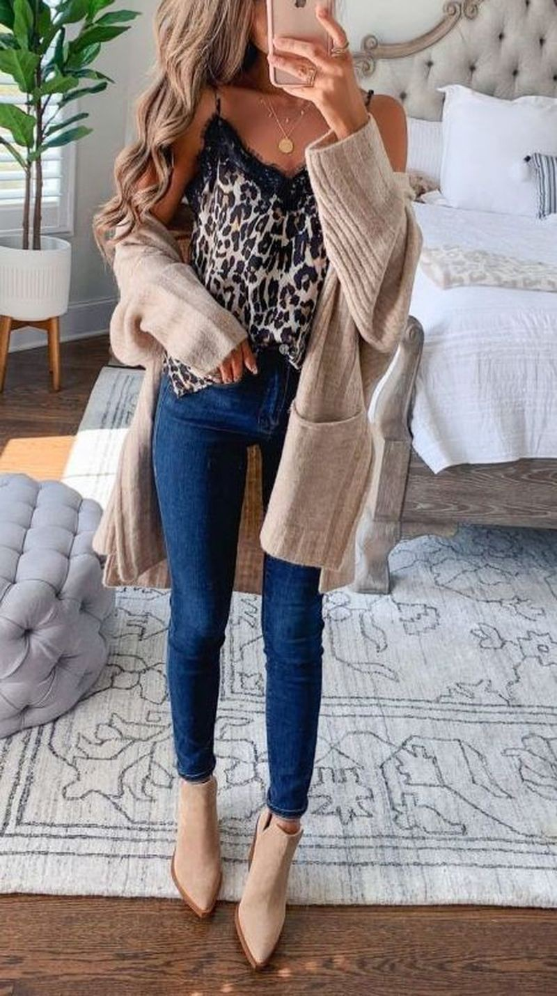 Beige and brown colour outfit ideas 2020 with sweater, denim, jeans