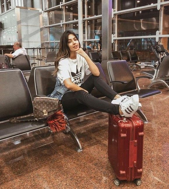 Trendy clothing ideas travel outfits at 40, photo shoot, air travel