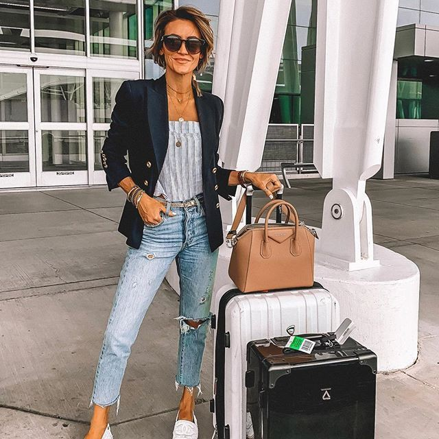 White colour outfit with mom jeans, jacket, blazer