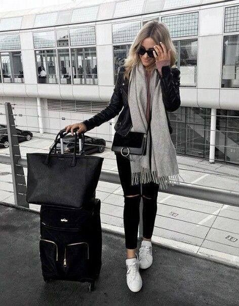 Colour outfit ideas 2020 trendy airport outfits dayton international airport, black and white