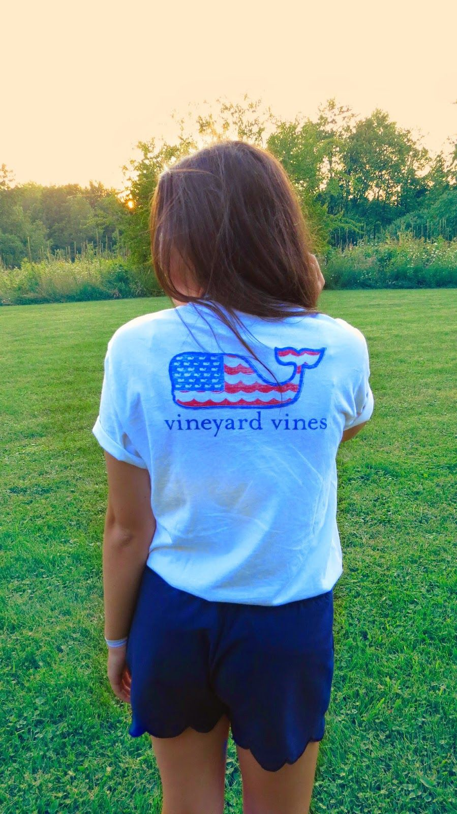Vineyard vines and shorts outfit