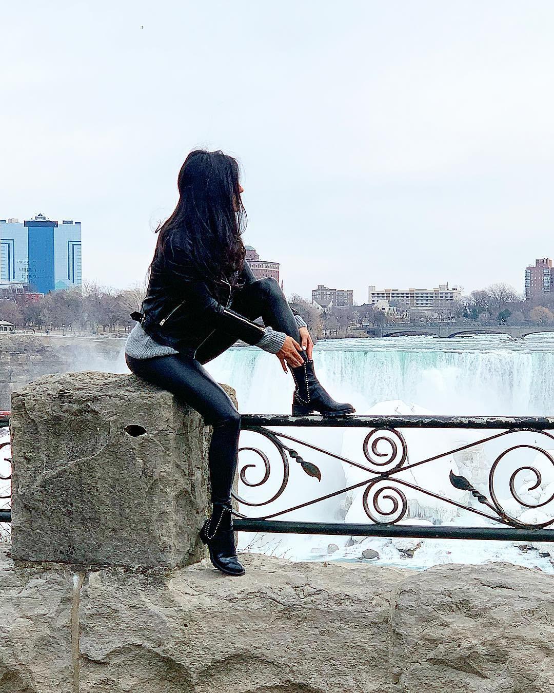Shadi Y Cair photography ideas, fine legs, Cute Cool Girls