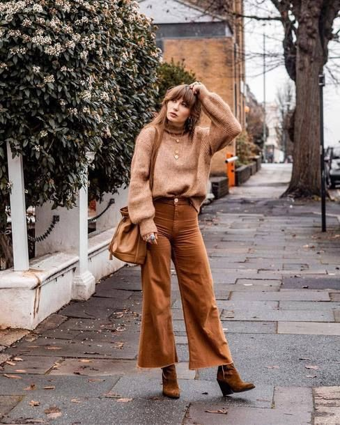 Light brown boots street style
