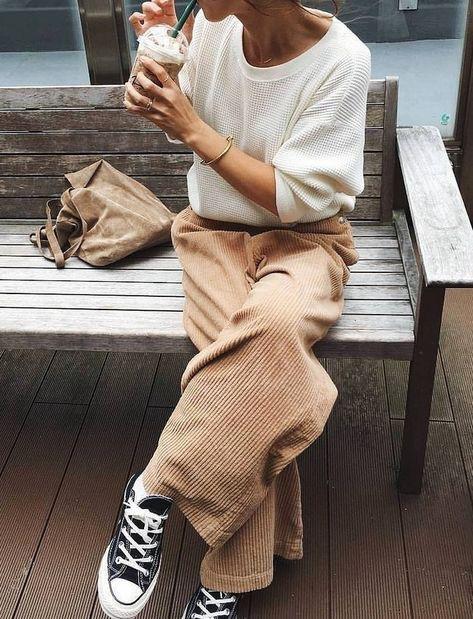 Look pantalon velours cotele beige