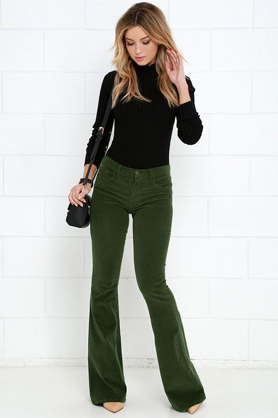 Green corduroy pants outfit women