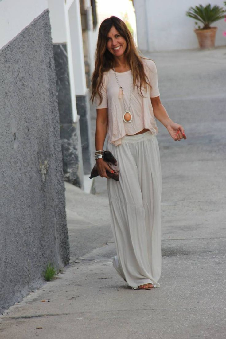 Colour outfit ideas 2020 faldas tipo pantalon, street fashion, boho chic, t shirt