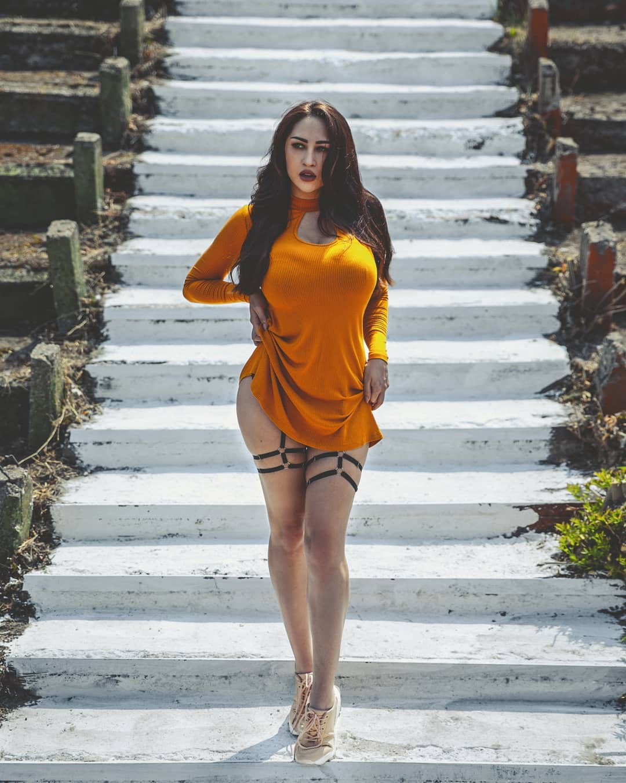 Louisa Khovanski Hot Instagram Model, outfit designs, street fashion