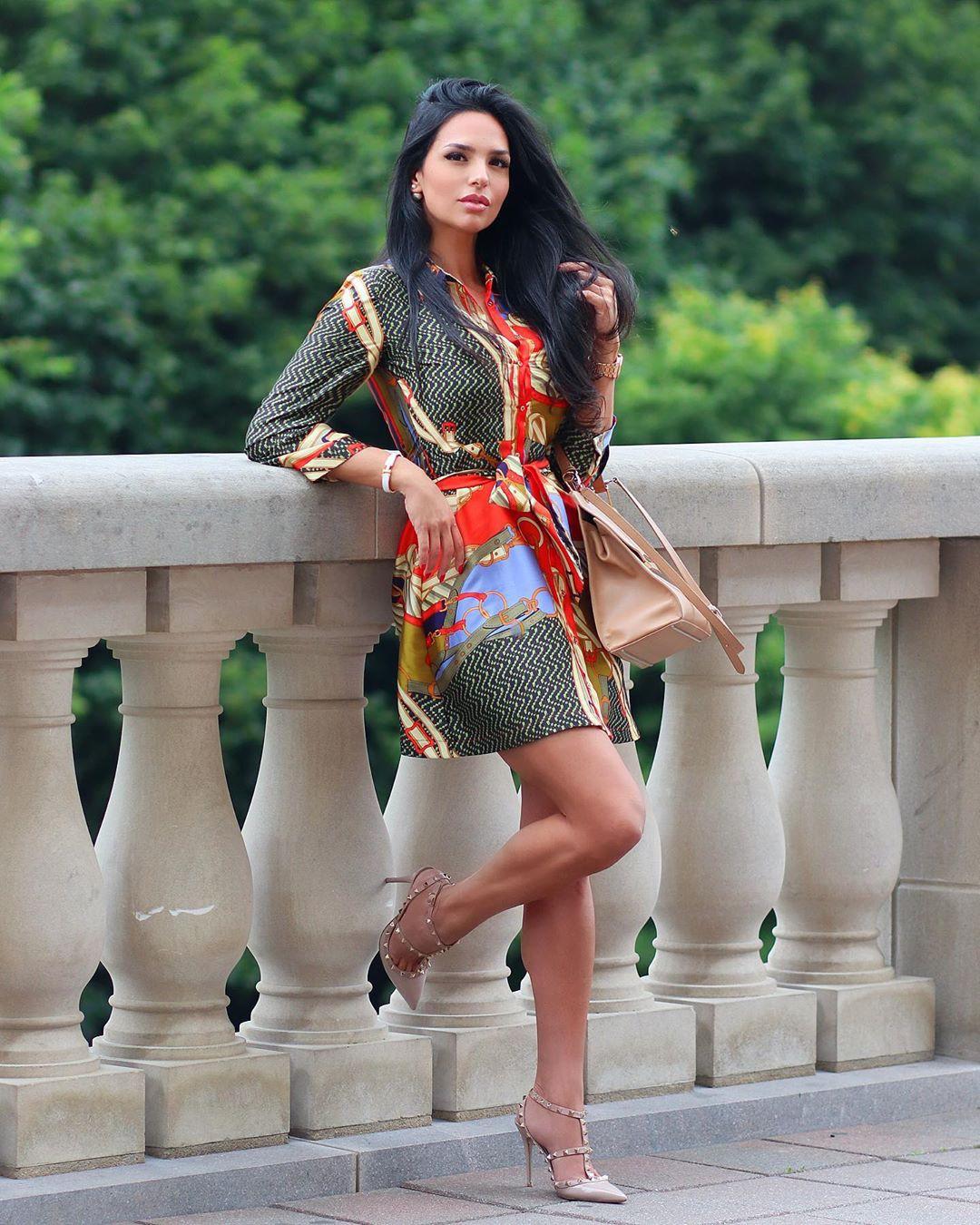 Shadi Y Cair best photoshoot ideas, girls instagram photos, hot legs