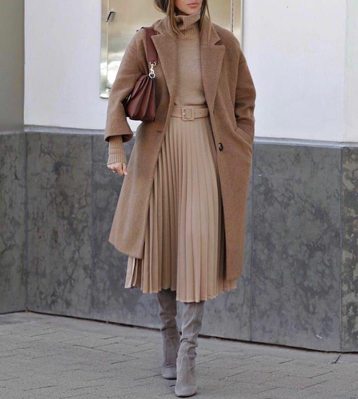 Attire zara pleated skirt, street fashion, fashion model, pleated skirt, trench coat