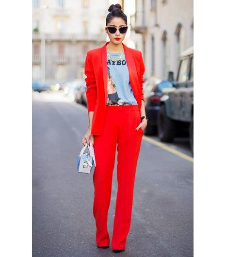 Colour outfit ideas 2020 monochromatic red outfit, street fashion, formal wear, t shirt