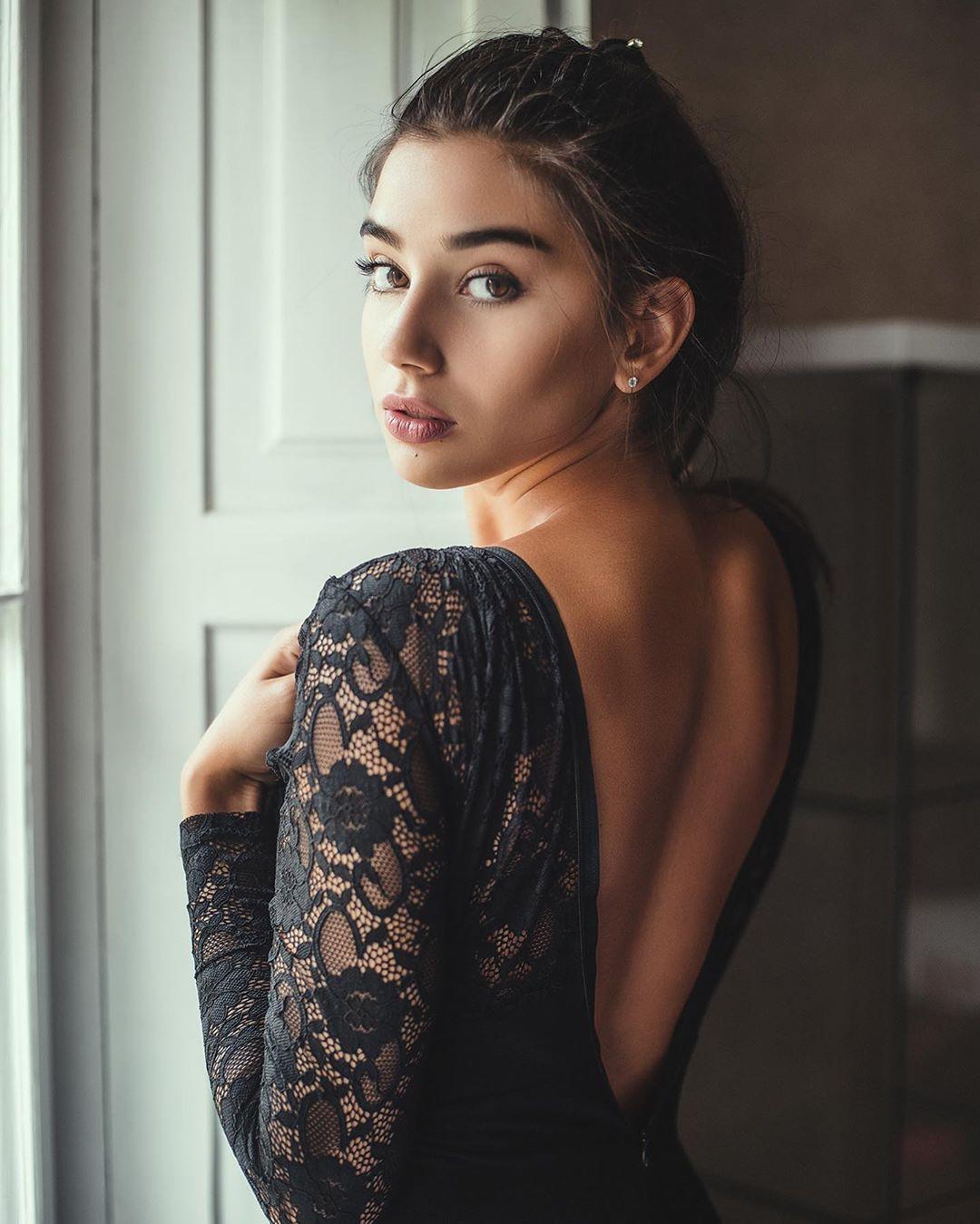 Maja Strojek girls photoshoot, Natural Lips, Hot Model