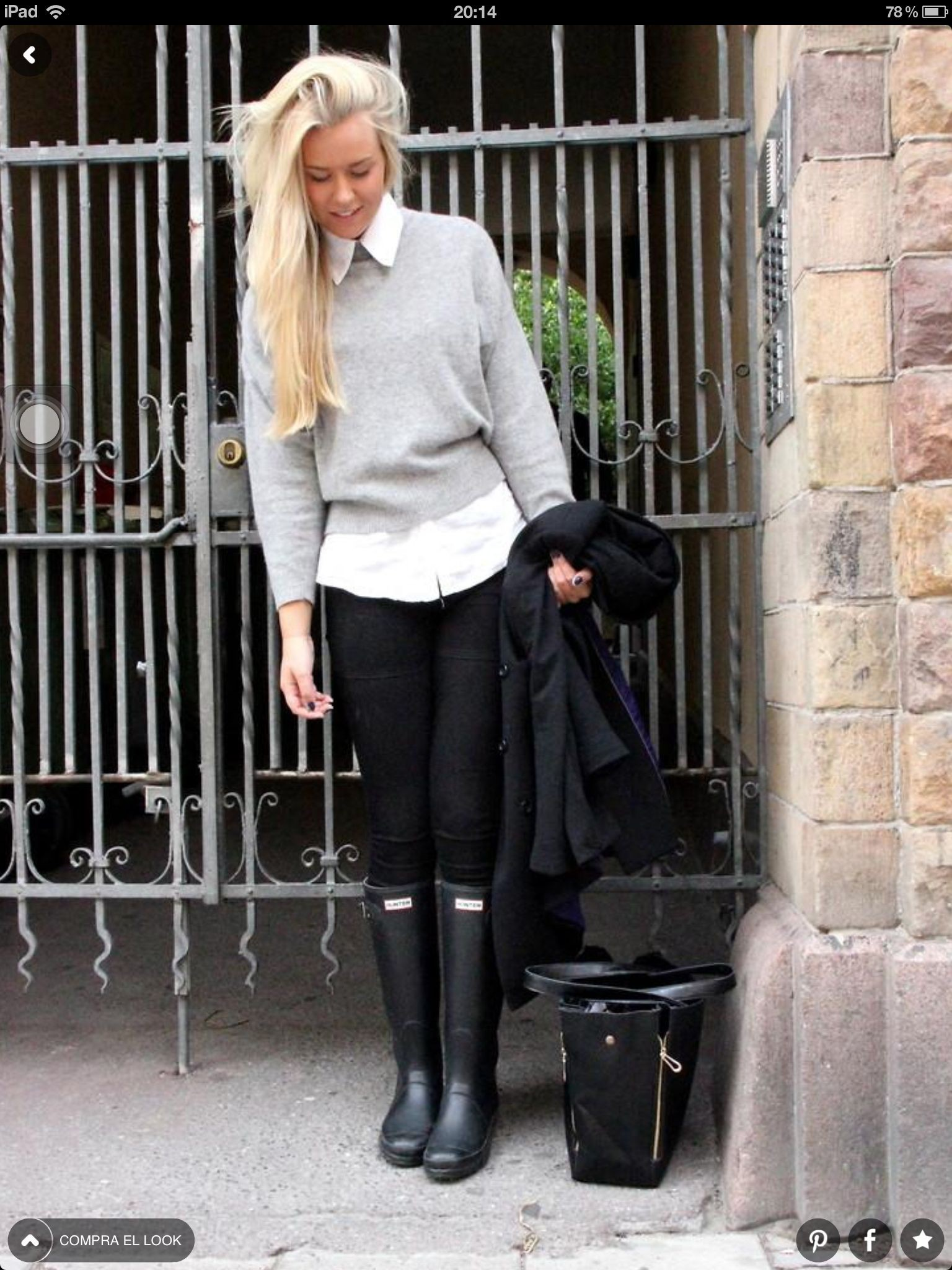 Black jeans with hunter boots