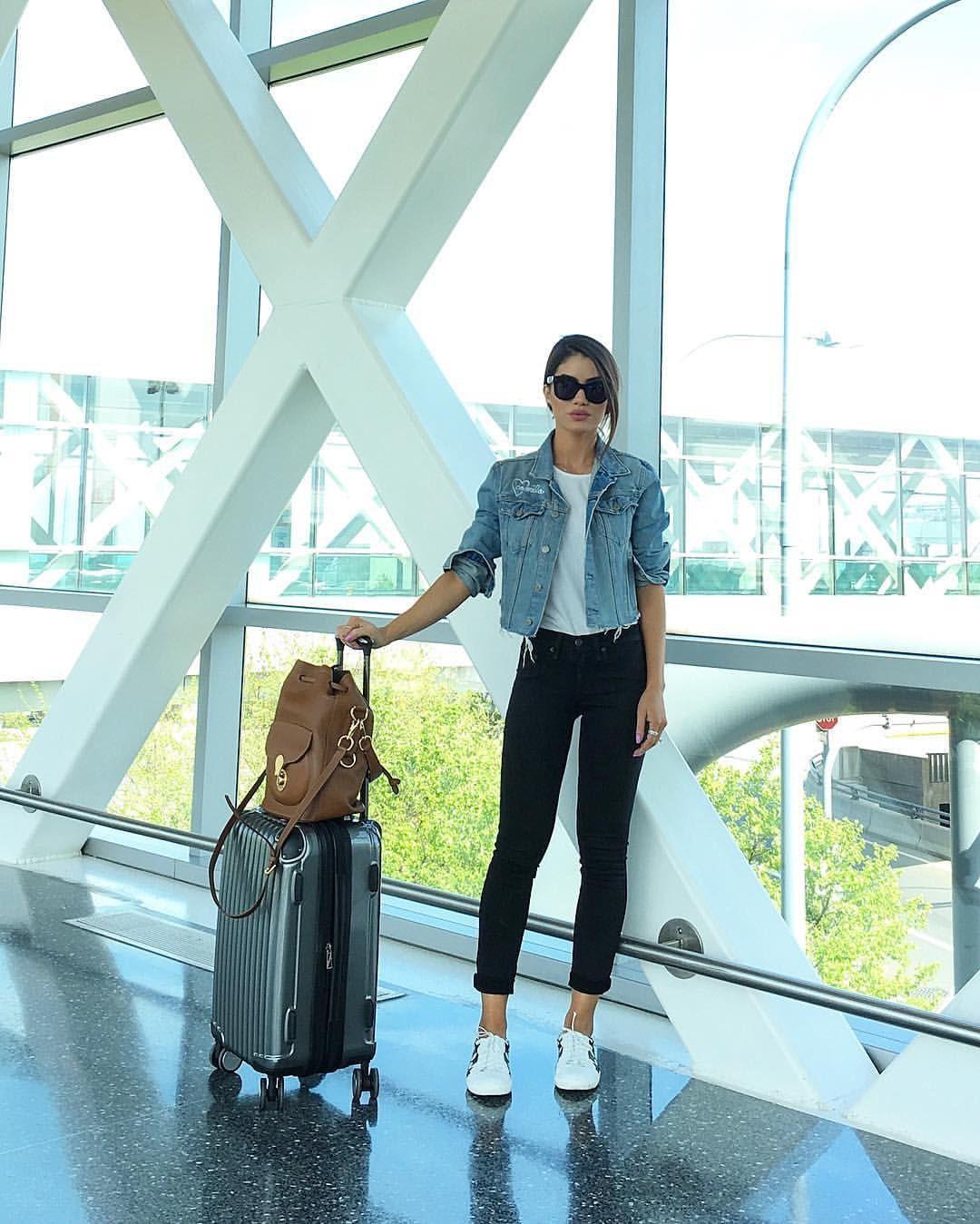Trendy clothing ideas casual travel look, street fashion, las vegas