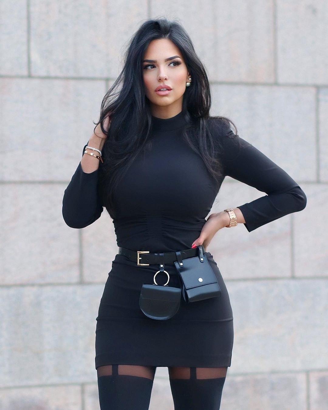 black colour outfit, you must try with dress, fashion ideas, street fashion