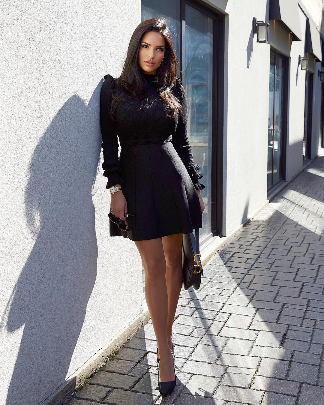 black colour outfit with dress, girls instagram photos, legs picture