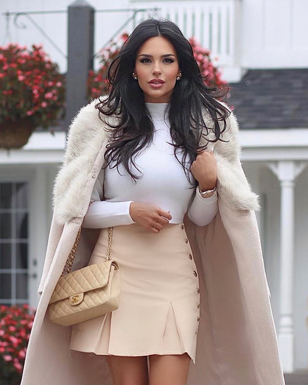 white trendy clothing ideas with trench coat, overcoat, coat