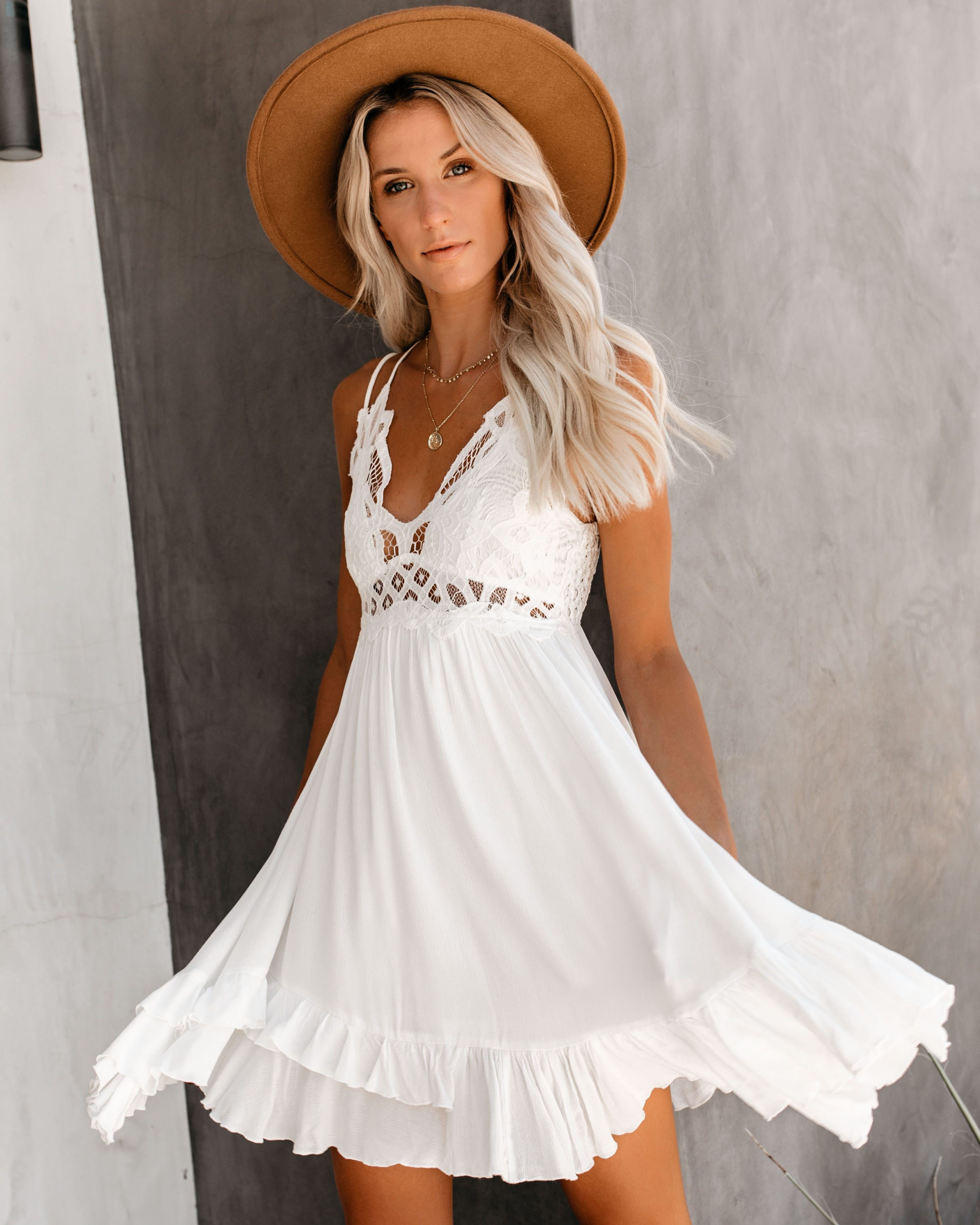 White colour dress with cocktail dress, wedding dress