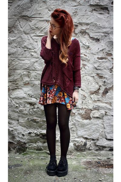 Maroon and brown dresses ideas with leggings, shorts, tights