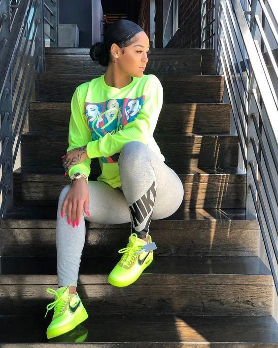 Colour outfit baddie outfit inspo, street fashion, casual wear, off white, nike free, t shirt