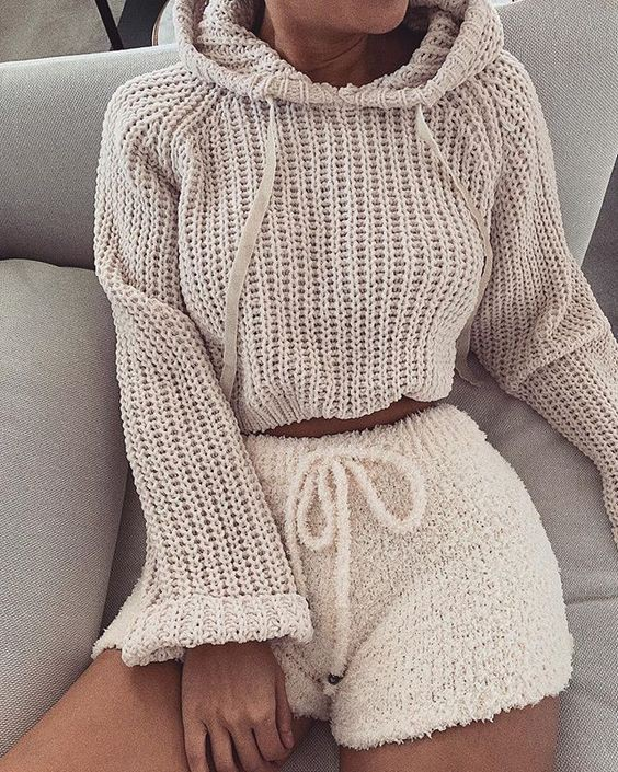 Colour outfit ideas 2020 cute lounge outfits, casual wear, crop top