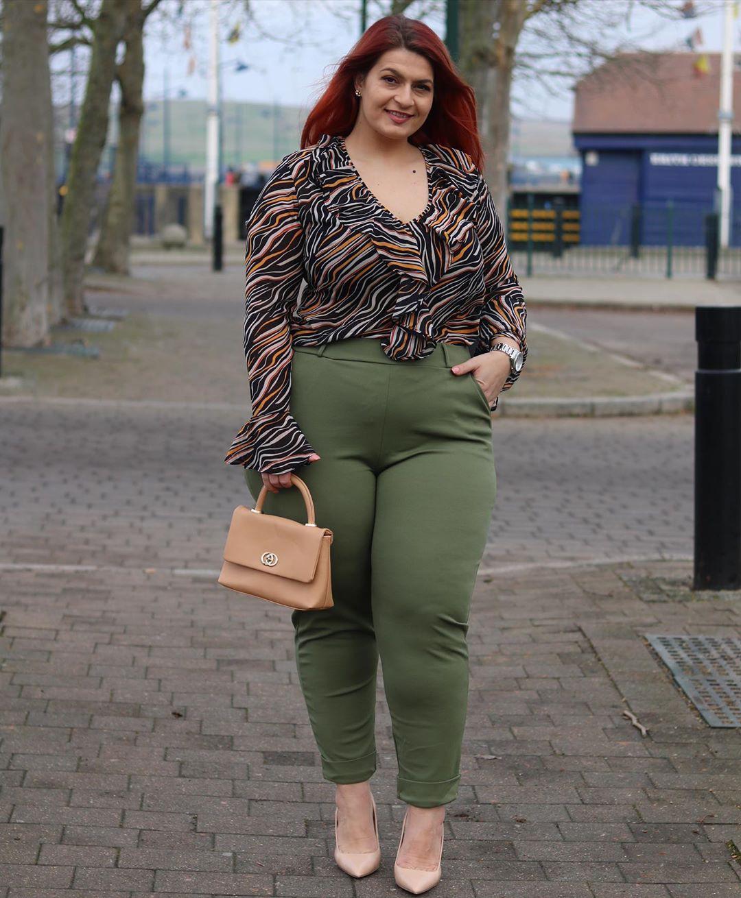 Khaki and brown jeans, fashion photography, wardrobe ideas