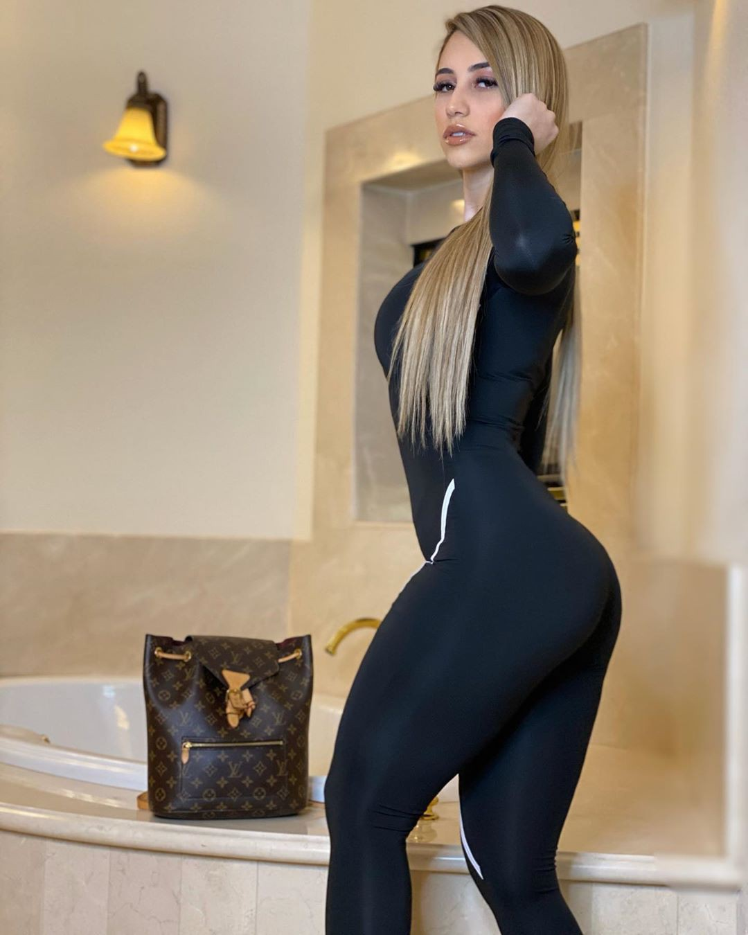 Mariam Olivera dress leggings, tights matching ideas for girls