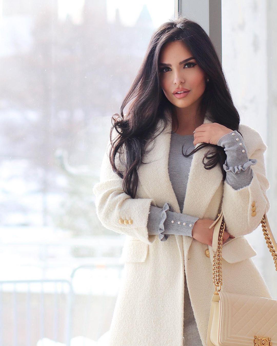 Shadi Y Cair instagram photoshoot, model photography, fashion tips